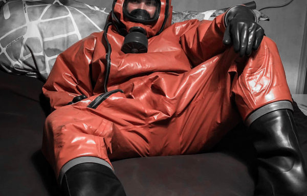 ISOTEMP Chemical Protection Suit 4006-SR